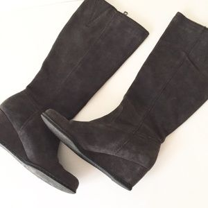 Franco Sarto Suede Gray Wedge Boot Size 7